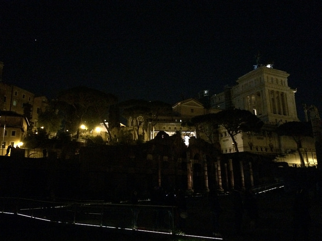 Nighttime Foro Romano tours through Coop Culture
