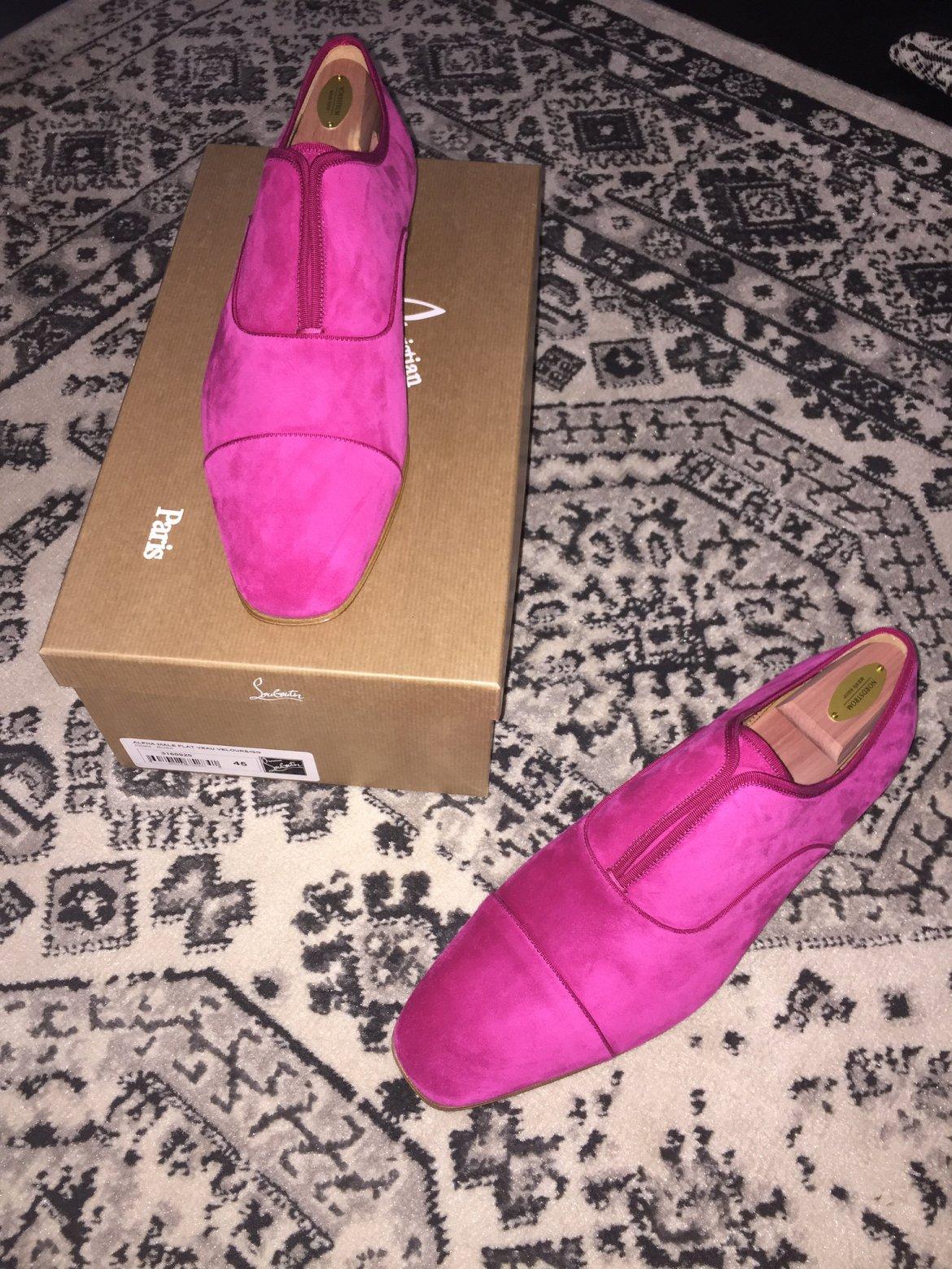 Shocking pink suede Christian Louboutin cap-toe flats for men!