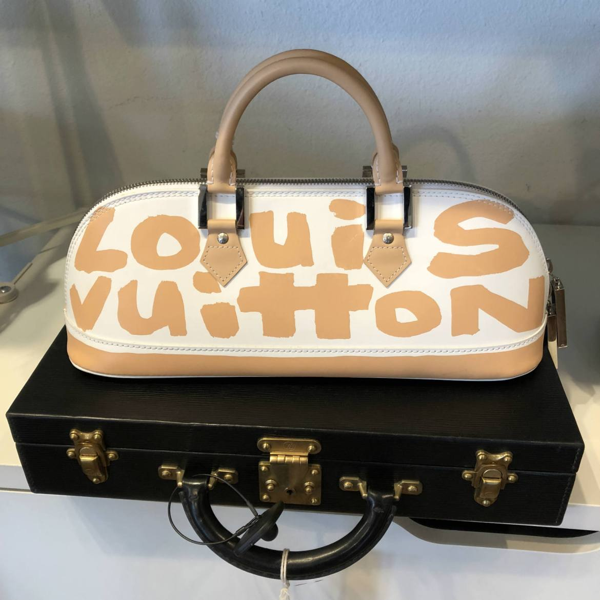 How To Identify Authentic Louis Vuitton Bags Couture Usa >> Couture Usa Catherine Ansel Remarqed