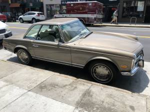 Classic Mercedes Pagoda SL in San Francisco