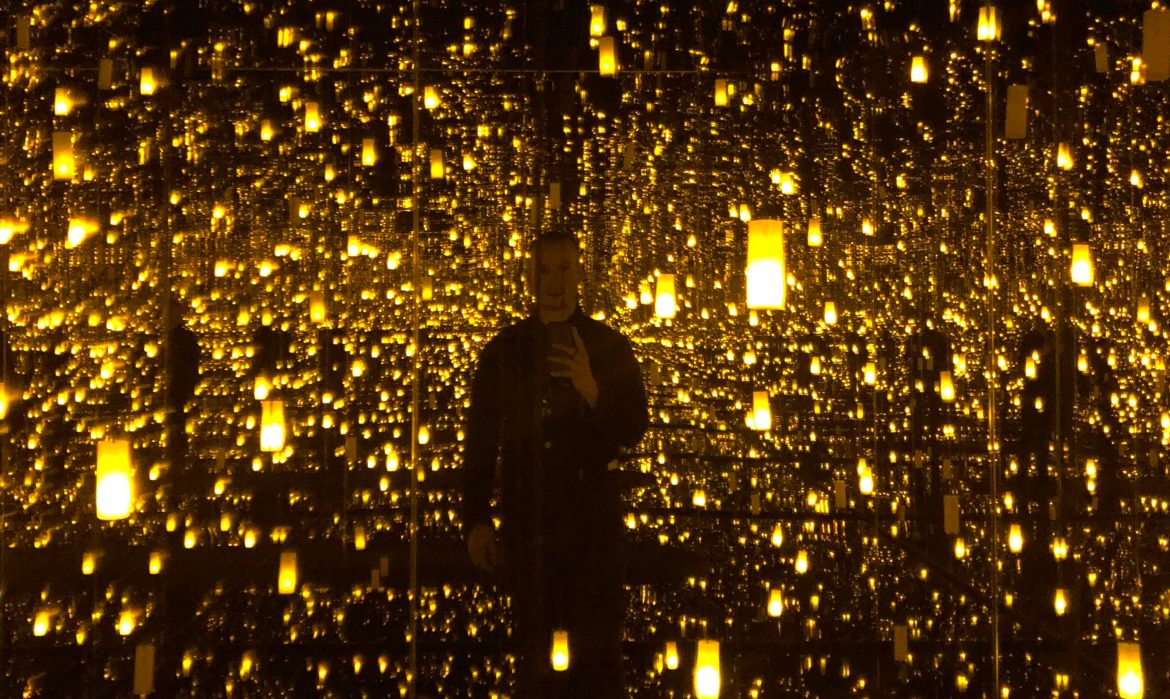 Inside Yayoi Kusama's Infinity Mirrored Room at Bellagio Gallery of Fine Arts