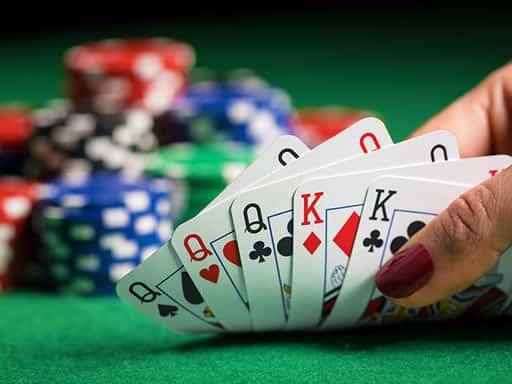 ポーカーの必勝スタイル