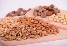 noix et amandes aliments santé pour perdre du poids