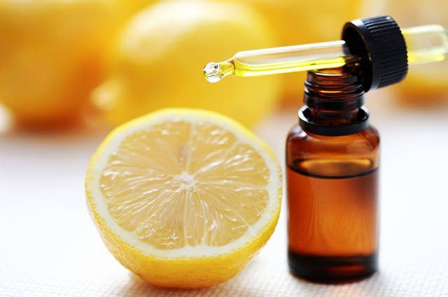 O aromatizador caseiro de limão também tem o poder de purificar o ar