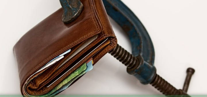 Money Tips - Wallet Squeeze