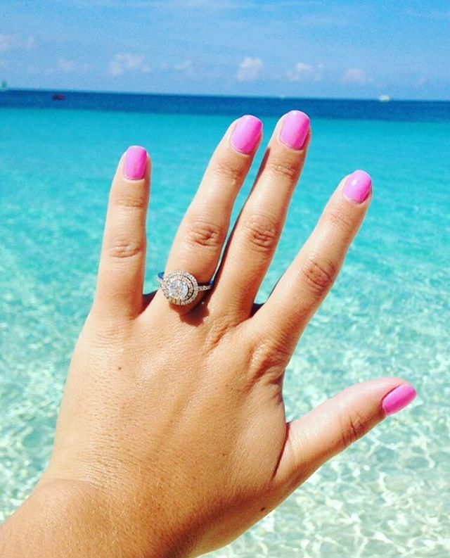 Engagement Ring Selfie: You Have The Perfect Ring. Now, Get That Instagram You Always Dreamed Of.