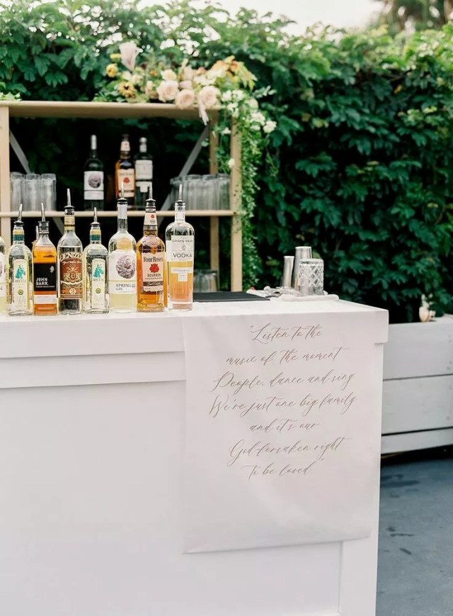 46 Amazing Wedding Sign Ideas To Décor Your Must-Know Wedding Instructions