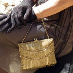 walborg gold purse hong kong 80s-the remix vintage fashion