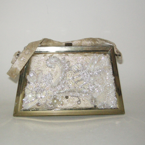 brocade box purse 50s 60s trapezoid goldtone metalic-the remix vintage fashion