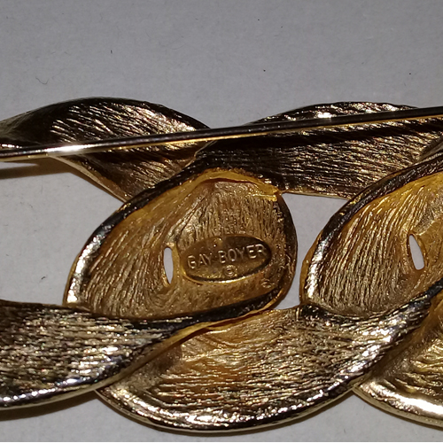 80s gold brooch gay boyer-the remix vintage fashion