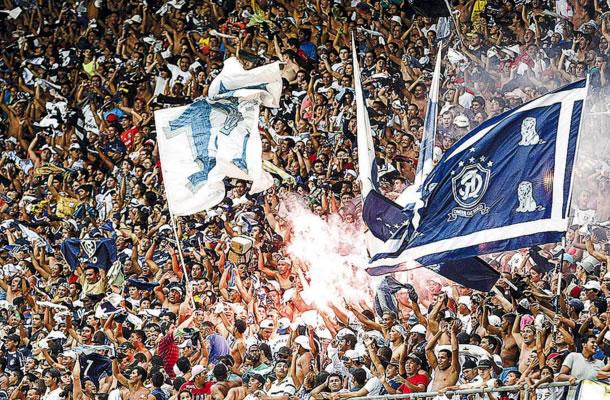 Fenômeno Azul faz a festa no Mangueirão
