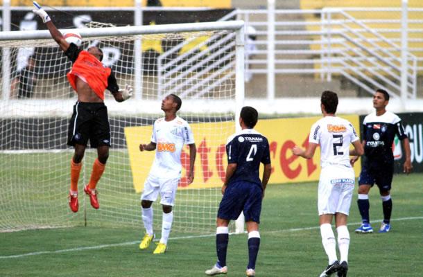 Na abertura da Copa São Paulo 2013, Santos-SP venceu o Remo por 3 a 0
