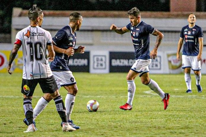 Remo 0×0 Botafogo-PB (Hélio Borges, Charles e Gilberto Alemão)