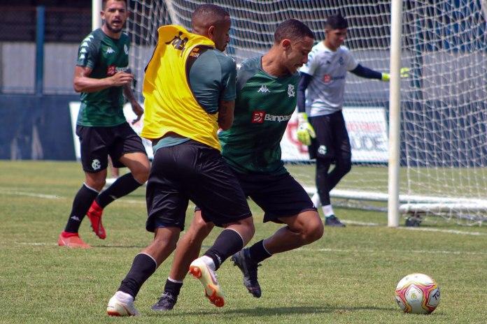 Fredson, Carlos Alberto e Hélio Borges