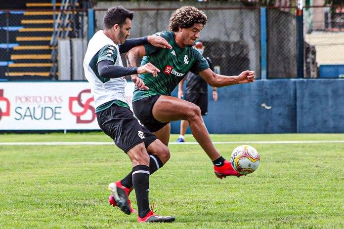 Lucas Siqueira e Felipe Gedoz