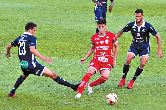 Vila Nova-GO 0×0 Remo (Lucas Siqueira e Rafael Jansen)