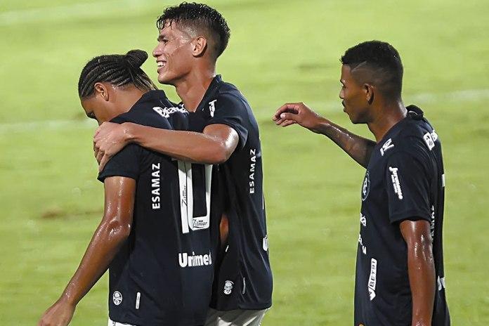 Remo 3×0 Castanhal (Felipe Gedoz, Lucas Tocantins e Dioguinho)