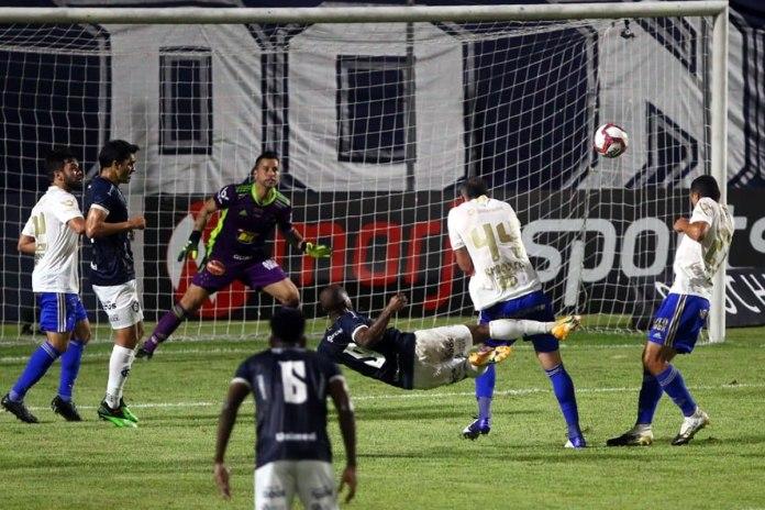 Remo 1×0 Cruzeiro-MG (Lucas Siqueira, Erick Flores e Victor Andrade)
