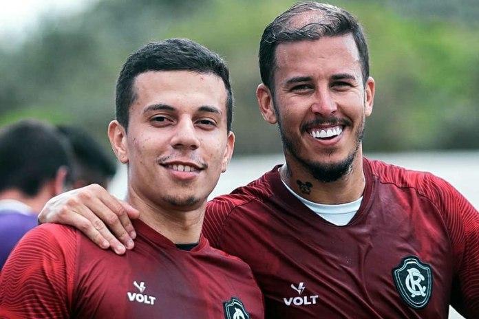Matheus Oliveira e Marcos Júnior