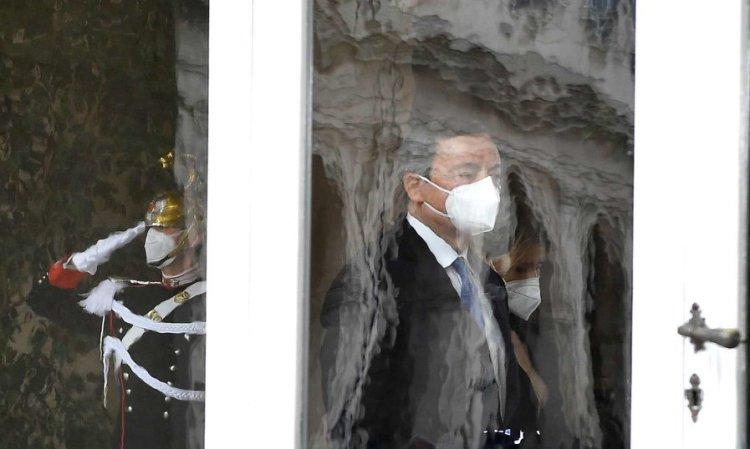 Drago Draghi e il mondo applaude perché non si fida dell'Italia