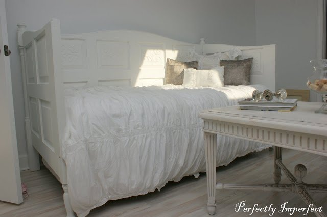 Comfy Daybed