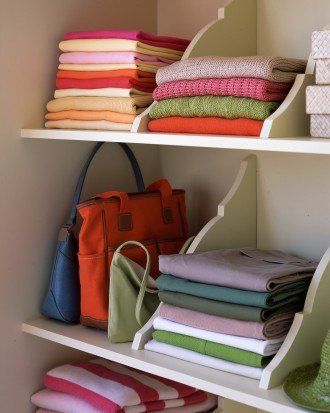 Wood brackets to organize shelves