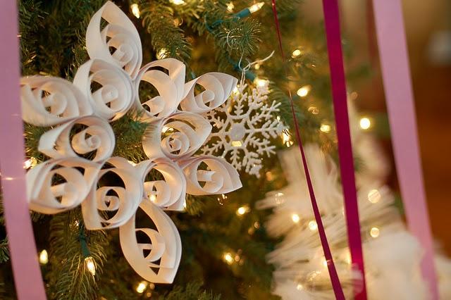 Jumbo Curled Paper Snowflake