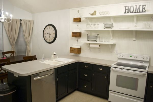 kitchen remodel black base cabinets bead baord backsplash open shelves dining room makeover (2)