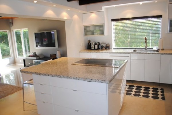 Bright and Beautiful Kitchen Remodel (3)