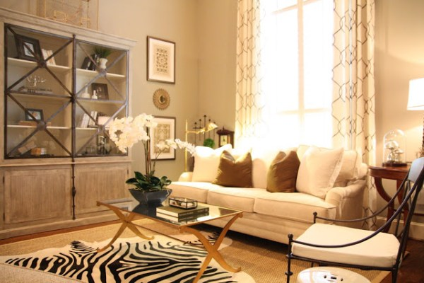 Designing-A-Living-Room-With-Tall-Walls-zebra-pattern-dyed-cow-hide (6)