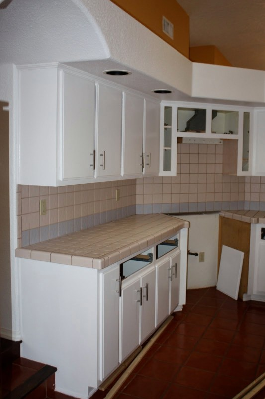 5 How To Redo Countertops With Concrete, By Design Stocker Featured On @Remodelaholic