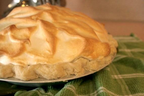 how to stop lemon meringue pie from weeping