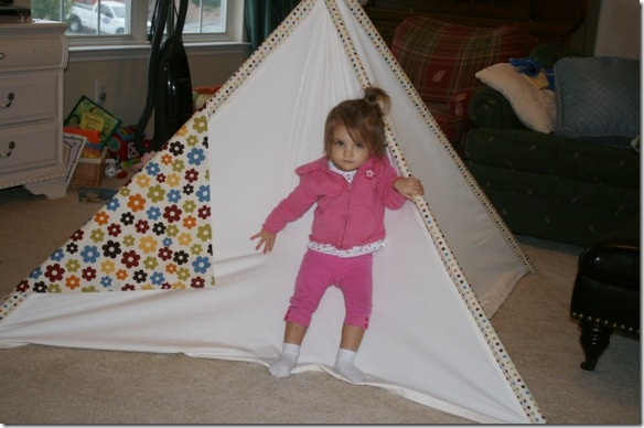 I was inspired by a tent in BHG that I saved & Remodelaholic | Kidu0027s Fabric Tee-Pee Tutorial!