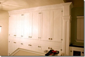 Built-in-storage-project-for-family-room (138)