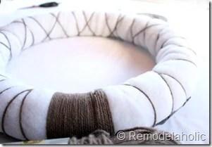 Making an Argyle Valentines wreath (13)