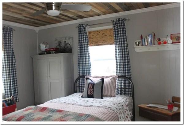 pallet-ceiling-tutorial-rustic-boys-room2_thumb.jpg