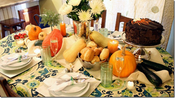 Fall Bounty tablescape Thanksgiving Table setting (2)