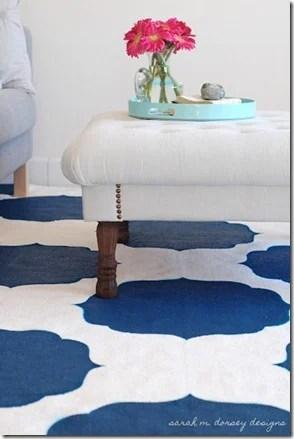 DIY-Stenciled-Rug-Moroccan-white-blue2_thumb