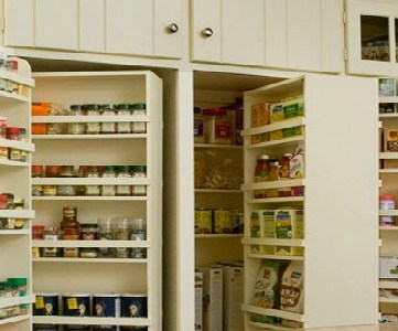 Home Sweet Home on a Budget:  Pantry Organization