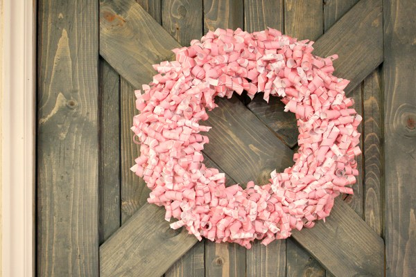 pink-paper-curl-wreath-valentine-wreath-tutorial (17)small