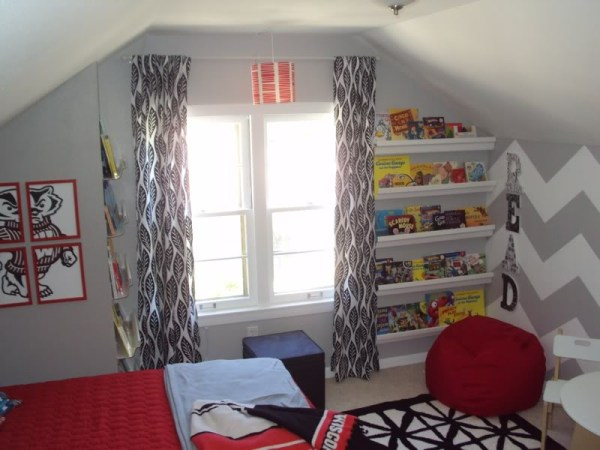 Balancing Home bedroom with chevron nook