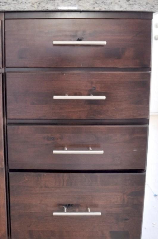 Lindsay & Drew kitchen cabinets