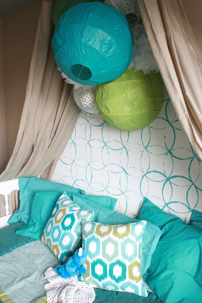 Girls Bedroom with stenciled wall and crown cornice canopy bed blue and green (6)