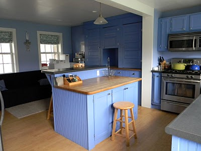 Remodelaholic periwinkle cabinetry