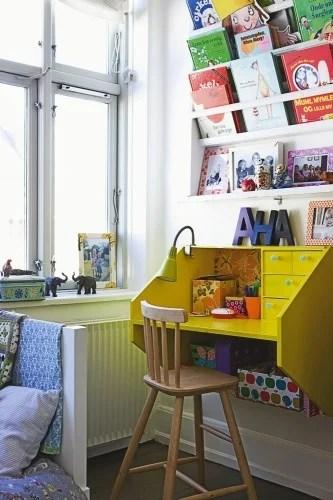 kids desk station, great color love the book display!