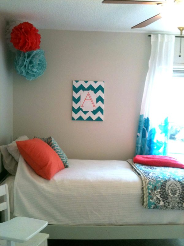 Remodelaholic   30+ Bedrooms for Teen Girls on Teenager:_L_Breseofm= Bedroom Ideas  id=29664