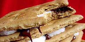 Microwave-smores with nutella