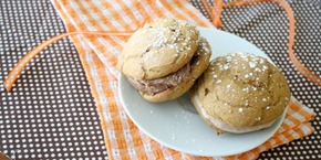 pumpkin whoopie pies with nutella frosting