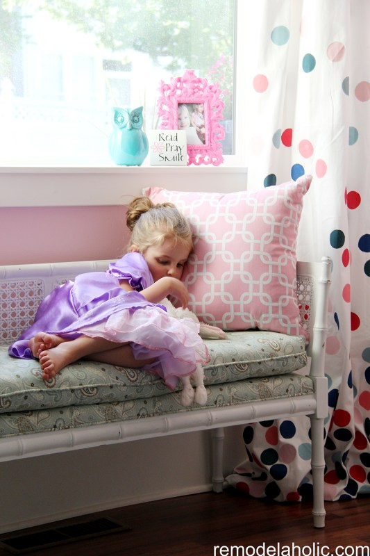 Girls pink and navy bedroom decorations (21)
