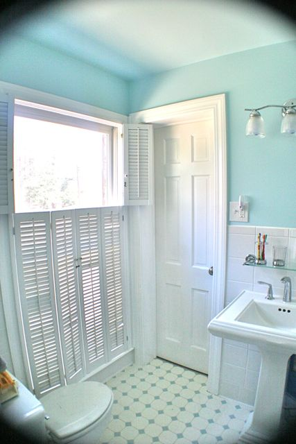 remodelaholic an 80 39 s bath remodeled. Black Bedroom Furniture Sets. Home Design Ideas
